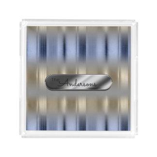 Plateau En Acrylique Réflexions métalliques et plaque signalétique