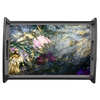 Plateau Fleur abstraite dans l'eau