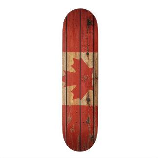 Plateaux De Planche À Roulettes Drapeau en bois rustique du Canada
