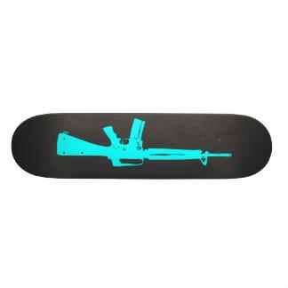 Plateaux De Skateboards Customisés Planche à roulettes bleue de fusil d'assaut