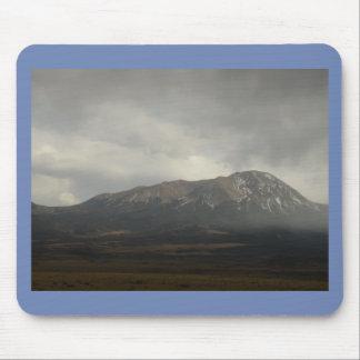 Pluie dans les montagnes Mousepad Tapis De Souris