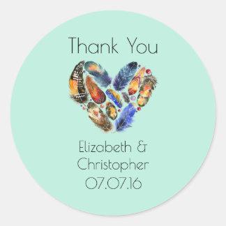 Plumes dans un Merci de mariage de forme de coeur Sticker Rond
