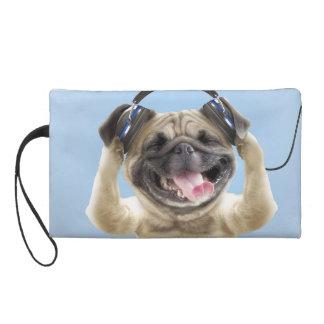 Pochettes Avec Dragonne Carlin avec des écouteurs, carlin, animal familier