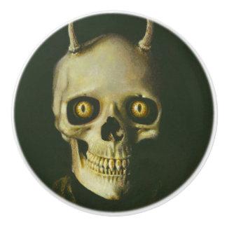 Poignée gothique de bouton de crâne de diable