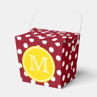Point de polka rouge et blanc avec le monogramme ballotins de dragées
