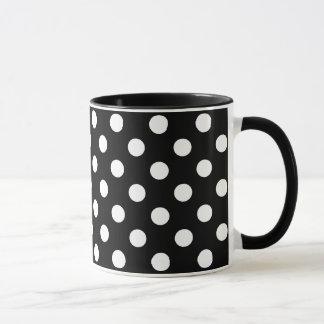 Pois blanc sur l'arrière - plan noir mug