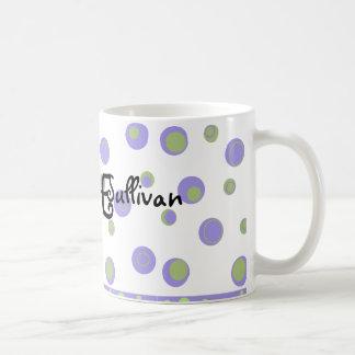 Pois vert pourpre décoré d'un monogramme mug blanc
