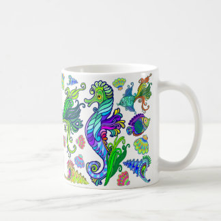 Poissons et hippocampes exotiques d'espèce marine mug