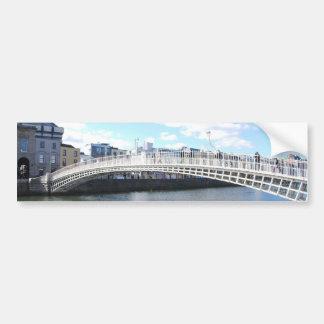 Pont de demi-penny - Dublin Irlande sur le Liffey Autocollant De Voiture