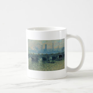 Pont de Waterloo, temps gris par Claude Monet Mug
