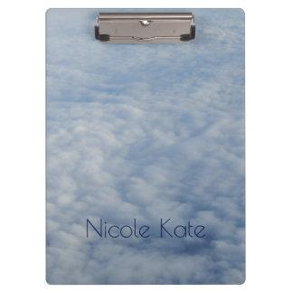 Porte-bloc Au-dessus du monogramme de nuages