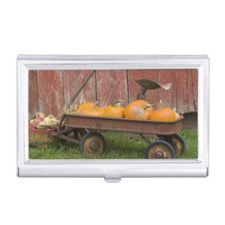 Porte-cartes De Visite Citrouilles dans le vieux chariot