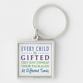 Porte-clés Chaque enfant autiste est doué