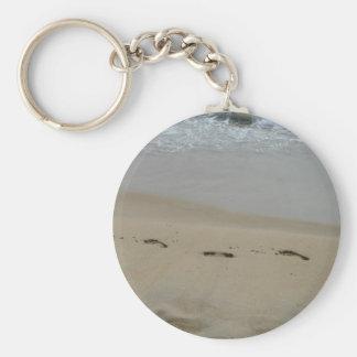 Porte-clés Empreintes de pas dans le porte - clé de sable