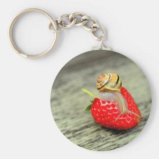 Porte-clés Escargot sur la fraise