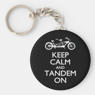 Porte-clés Gardez le calme et le tandem dessus