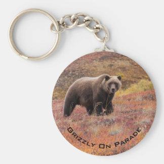 Porte-clés L'ours se déplace par des couleurs d'automne en