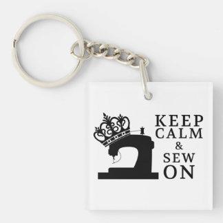 Porte-clés Maintenez calme pour coudre sur des métiers