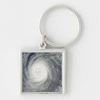 Porte-clés Ouragan Choi-WAN au sud du Japon, l'océan