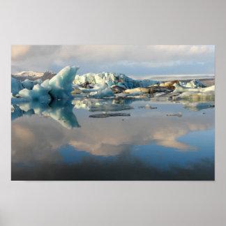 Poster Affiche de réflexion de lac d'iceberg de