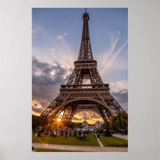 Poster Coucher du soleil Starburst de Tour Eiffel