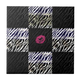 Poster de animal impertinent de noir d'argent de petit carreau carré