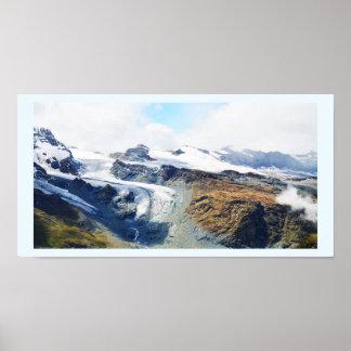 Poster Dessus de montagne dans les alpes suisses