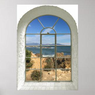 Poster Fenêtre de Faux de plage rocheuse