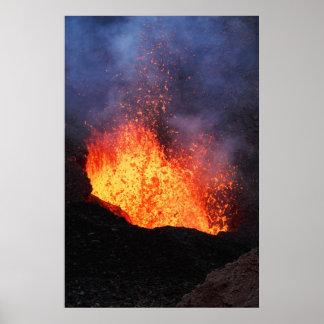 Poster Fontaine de lave chaude éclatant du cratère de