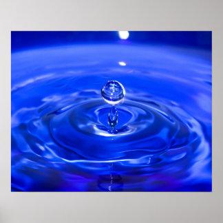 Poster Gouttelette d'eau bleue fraîche
