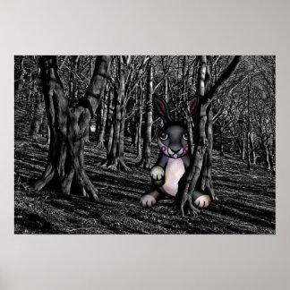 Poster Lapin effrayant dans les bois foncés