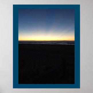 Poster Le lever de soleil commence par l'océan