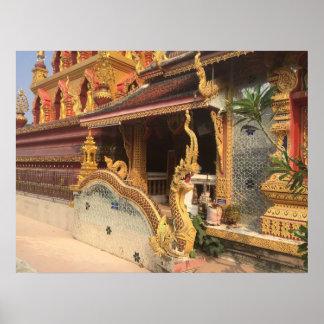 Poster Les Naga ravissent au wat de la Thaïlande