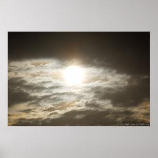 Poster Lever de soleil en bronze dans l'affiche de nuages