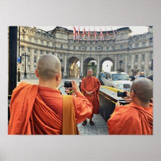 Poster Moines bouddhistes en affiche de Londres