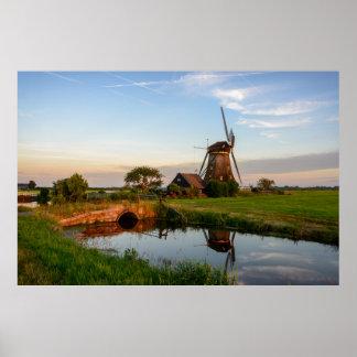 Poster Moulin à vent dans la campagne en grande affiche