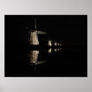 Poster Moulins à vent lumineux, Kinderdijk à l'affiche de