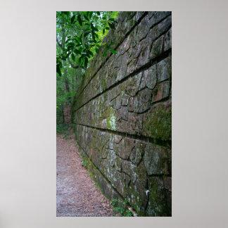 Poster Mur en pierre le long de l'affiche de traînée de