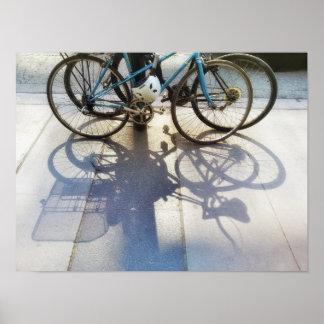 Poster Ombres de bicyclette sur la photographie urbaine