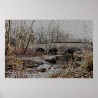 Poster Pont en pierre de voûte en hiver - bonnes fêtes