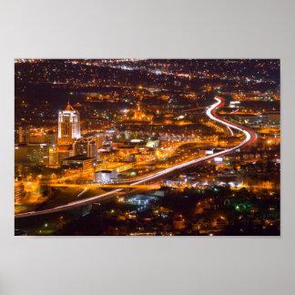 Poster Roanoke du centre, la Virginie la nuit
