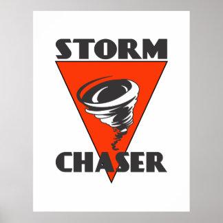 Poster Tornade de chasseur de tempête et triangle rouge