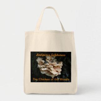 Poulet du sac de champignon en bois