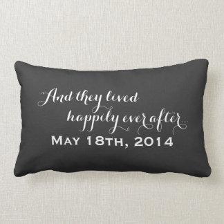 Pour toujours épouser heureusement le tableau du oreillers