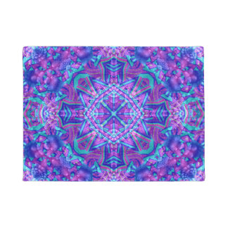 Pourpre et tapis de porte bleus de motif