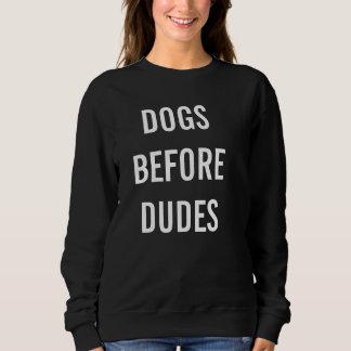 """Poursuit le pullover d'amant, des """"chiens avant"""