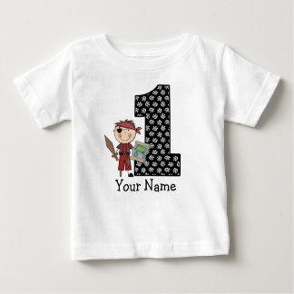 Premier T-shirt de pirate de garçon d'anniversaire