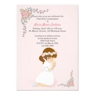 Première invitation de rose de fille de brune de