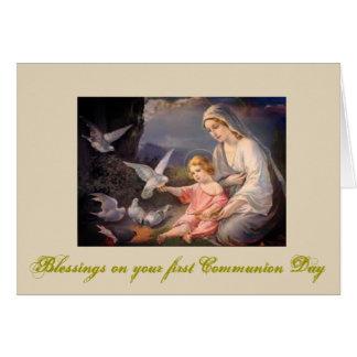 Première sainte communion pour la fille et le carte de vœux