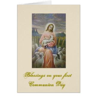 Première sainte communion pour le garçon et la carte de vœux